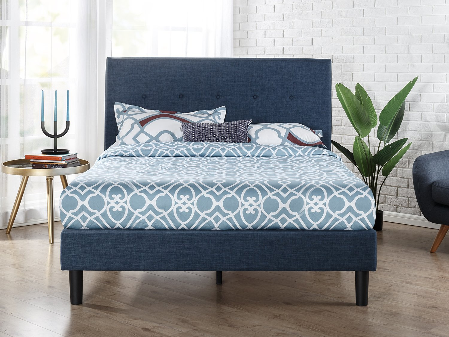 Upholstered Navy Button Detailed Platform Bed Wood Slat